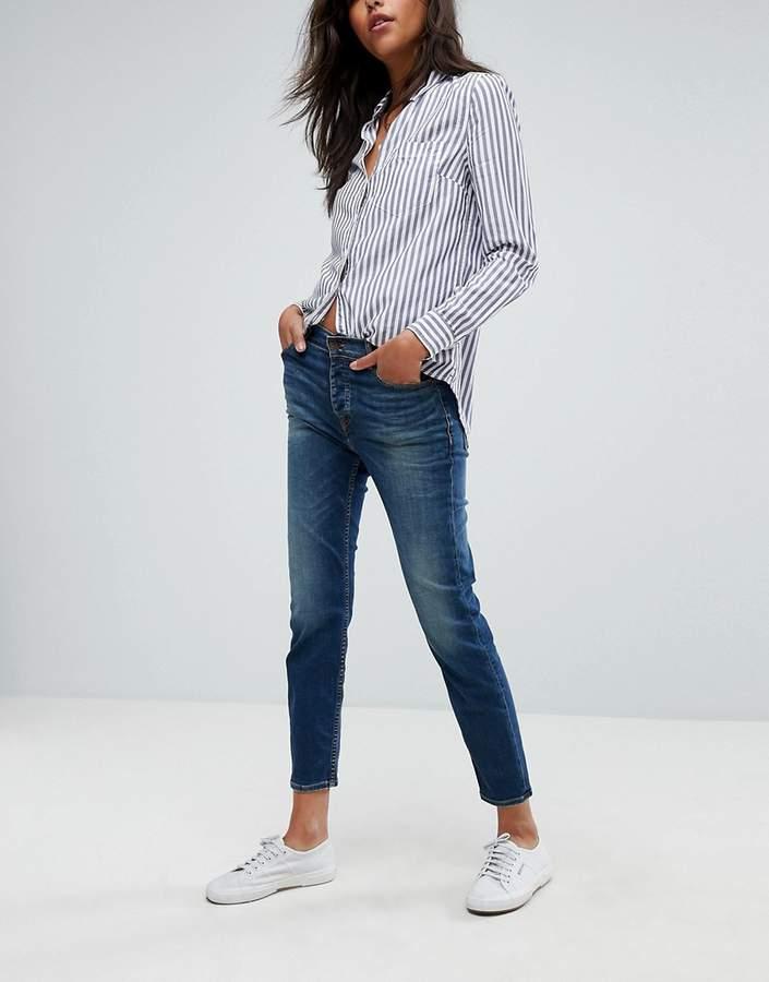 – Izzy – Jeans mit hohem Bund