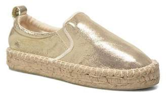 Colors of California Women's Vicky Rounded toe Espadrilles in Gold