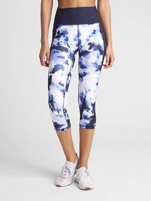 Gap GFast High Rise Capris in Sculpt Compression