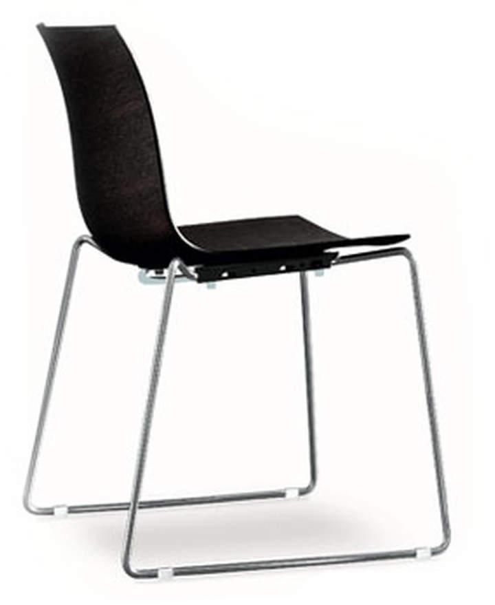 Arper - Catifa 46 Stuhl, Kufengestell, Polypropylen, Schwarz