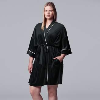 Vera Wang Women's Simply Vera 3/4 Sleeve Stretch Velour Robe