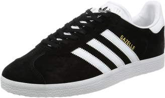 d770a5920a adidas Unisex Adults  Gazelle Low-Top Sneakers