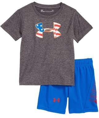 Under Armour Americana T-Shirt & Shorts