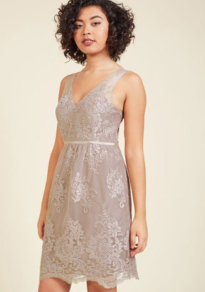 Jenny Yoo Essence of Efflorescence Lace Dress in 10 $325 thestylecure.com