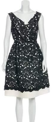 Oscar de la Renta Lace-Accented Knee-Length Dress
