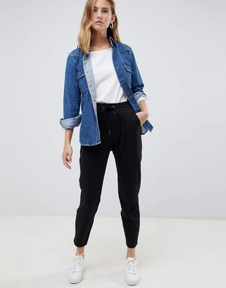 B.young Cropped Trousers With Waist Tie