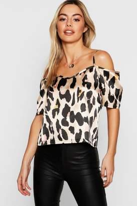 ab89a67c58367 boohoo Petite Leopard Print Woven Open Shoulder Blouse