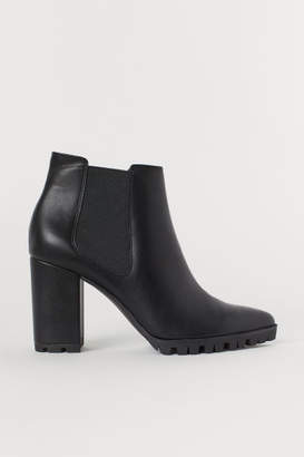 H&M Ankle Boots with Pointed Toes - Black