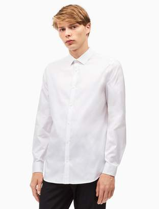 Calvin Klein classic fit cool tech oxford shirt