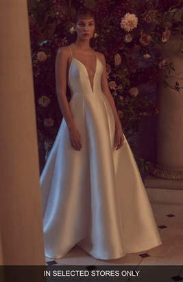 Monique Lhuillier Bliss Halter V-Neck Mikado Dress
