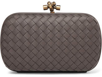 Bottega Veneta Chain Knot Intrecciato Leather Clutch - Gray