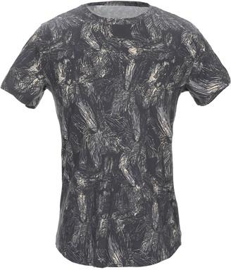 Emporio Armani T-shirts - Item 12325618IK