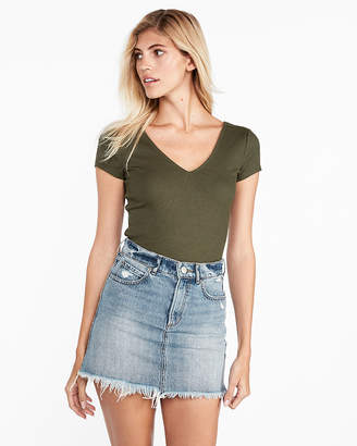 Express One Eleven Modern Rib Double V Tee