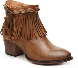 Wanted Winger Western Bootie - Women's