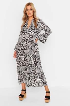 boohoo Plus Smock Maxi Snake Dress