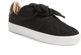 Women's Burberry Knot Leather Sneaker