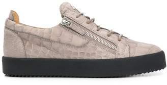 Clarabella sneakers