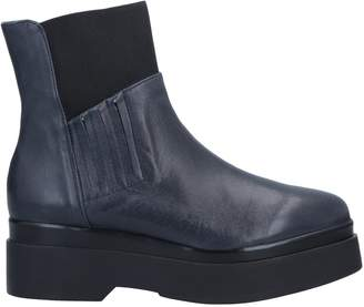 Kanna Ankle boots