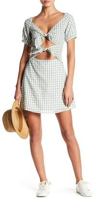 EMORY PARK Front Cutout Gingham Print Dress