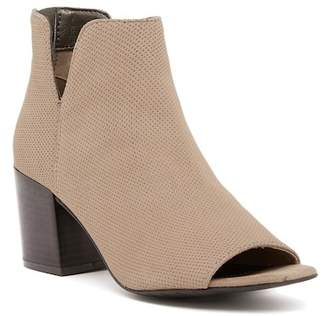 Kenneth Cole Reaction Ride Fast Perforated Bootie