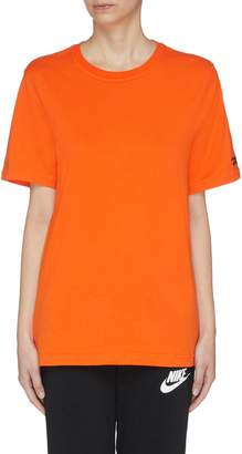 Victoria Beckham x Reebok logo embroidered oversized T-shirt