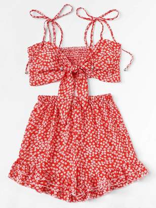 Shein Plus Knot Ditsy Floral Cami Top With Ruffle Hem Shorts