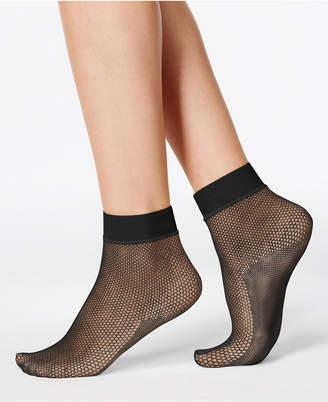 Hue Women Sporty Fishnet Ankle Socks