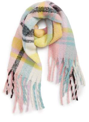 David & Young Plaid Boucle Scarf