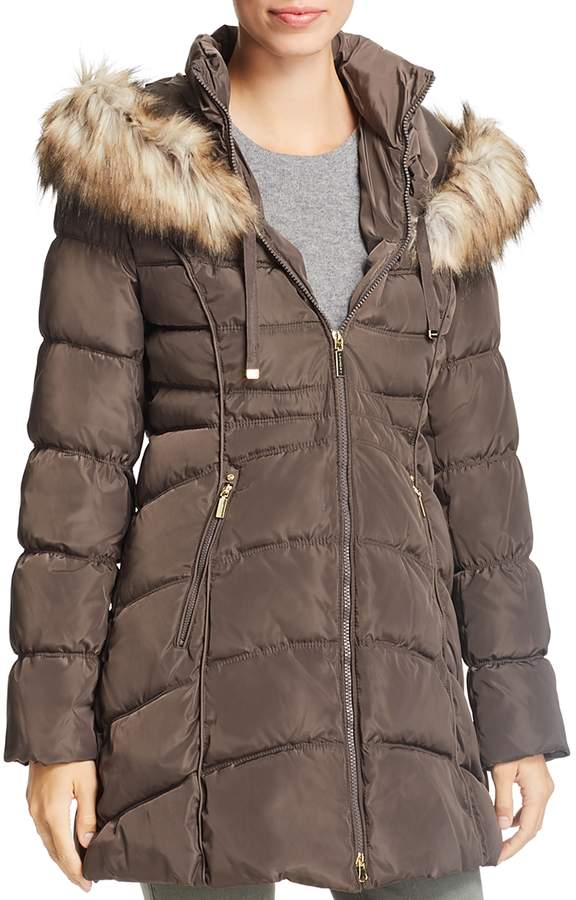 Faux Fur Trim Short Puffer Coat