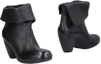 Elisanero Ankle boots - Item 11454180EW