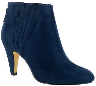 Bella Vita Nella Ii Booties Women Shoes