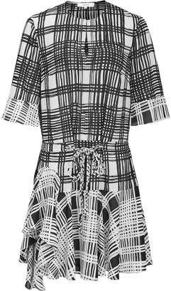Reiss Our last order date for Christmas has now passed LARS CHECK PRINT SHIFT DRESS Monochrome