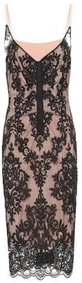 N°21 Scalloped lace dress