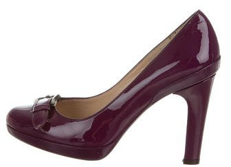 Fendi Buckle-Accented Patent Leather Pumps