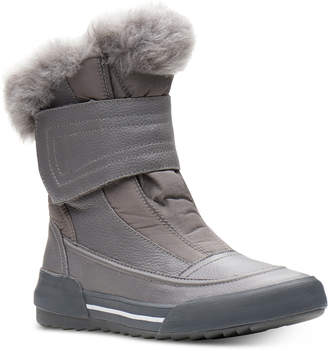 Clarks Collection Women's Gilby Merilyn Cold-Weather Waterproof Boots Women's Shoes