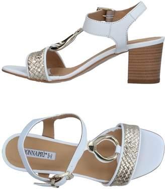 Donna Più Sandals - Item 11331774GJ