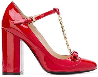 No.21 chain-embellished T-bar pumps