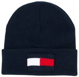Tommy Hilfiger Junior logo flag knitted beanie