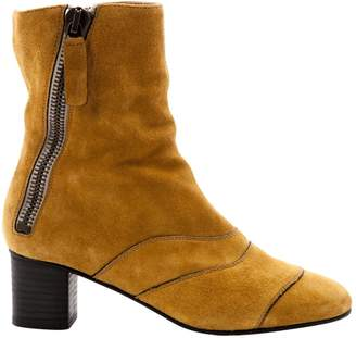 Chloé Yellow Suede Ankle boots