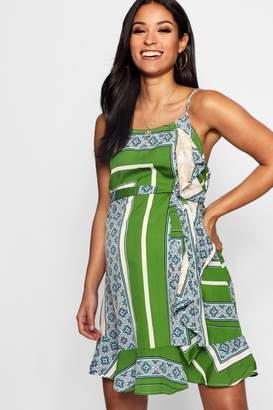 boohoo Maternity Printed Ruffle Sun Dress