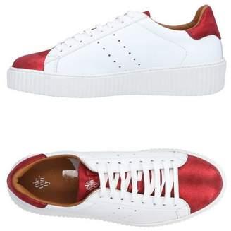 Eleventy Low-tops & sneakers