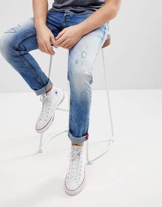 Solid Distressed Slim Fit Jeans