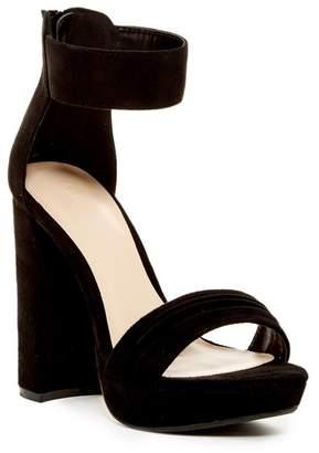 Wild Diva Lounge Carter Platform Sandal