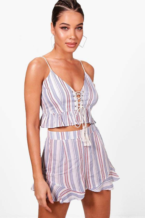 boohoo Izzy Pinstripe Lace Up Beach Co-ord
