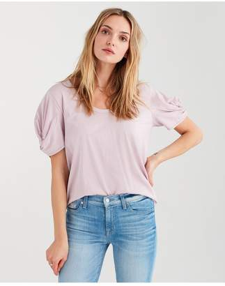 7 For All Mankind Twist Sleeve Tee In Pale Lavendar