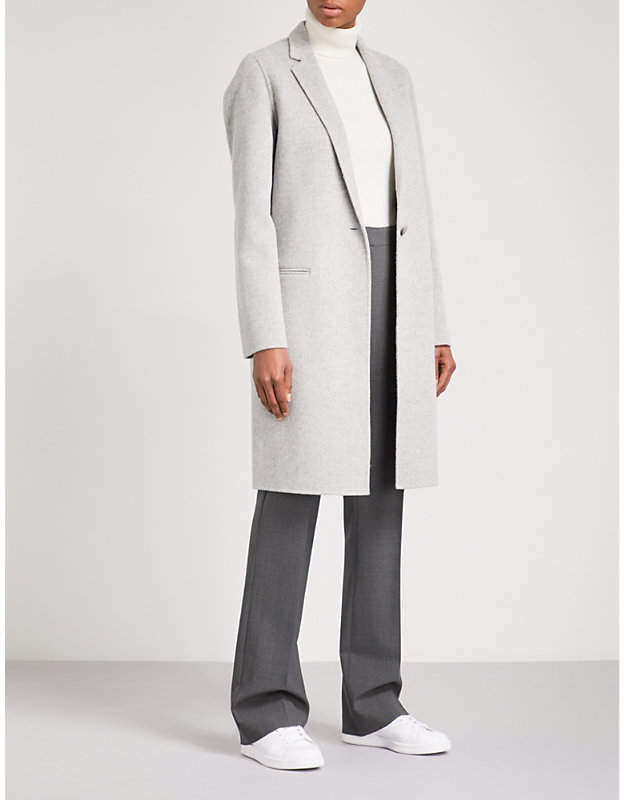 Essential single-breasted wool and cashmere-blend coat