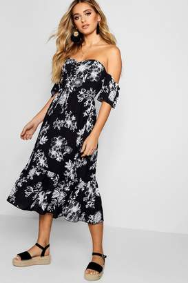 boohoo Lace Up Off The Shoulder Maxi Dress