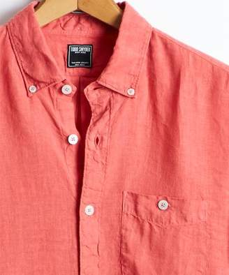 Todd Snyder Slim Fit Linen Button-Down Shirt in Nantucket Red