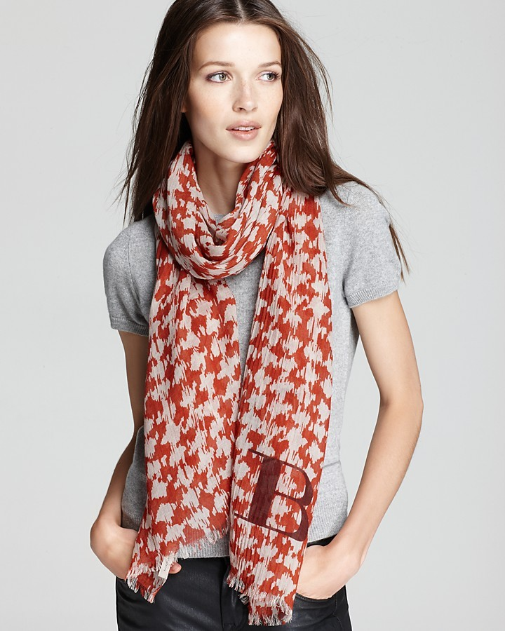 Burberry Houndstooth Brit Text Scarf