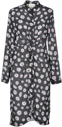 Vicolo Knee-length dresses - Item 34875332RD